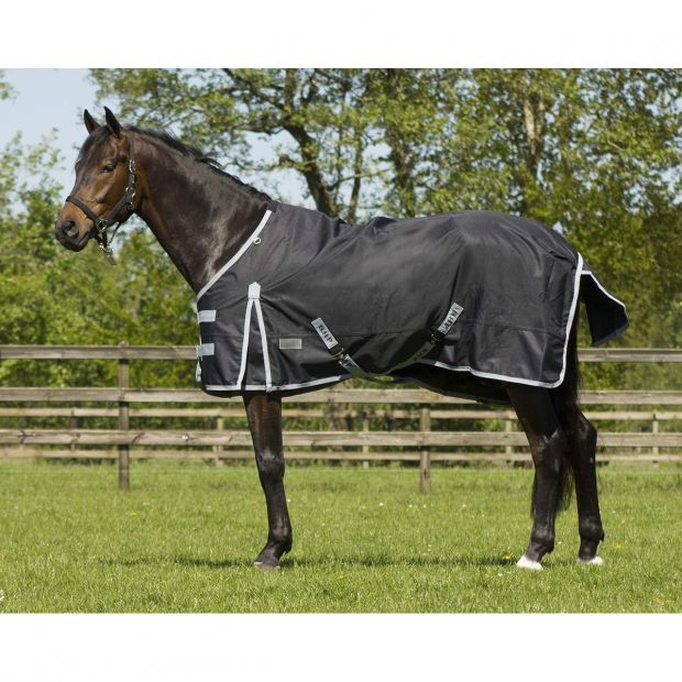 QHP Outdoor Rug with fleece lining and neck part